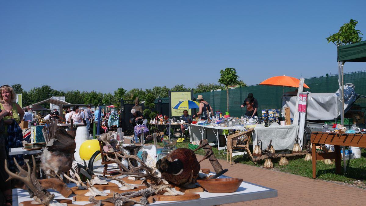 Flohmarkt In Heide